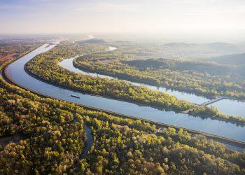 Vue aérienne des bras du Rhin